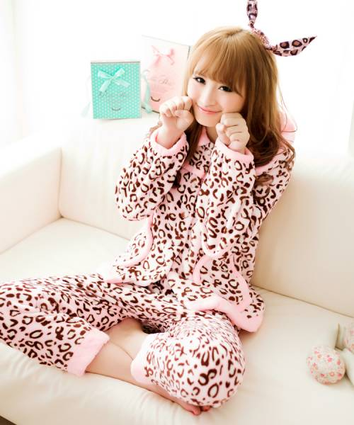 法兰/超可爱豹纹女士睡衣,在家穿这个很舒服啊!!